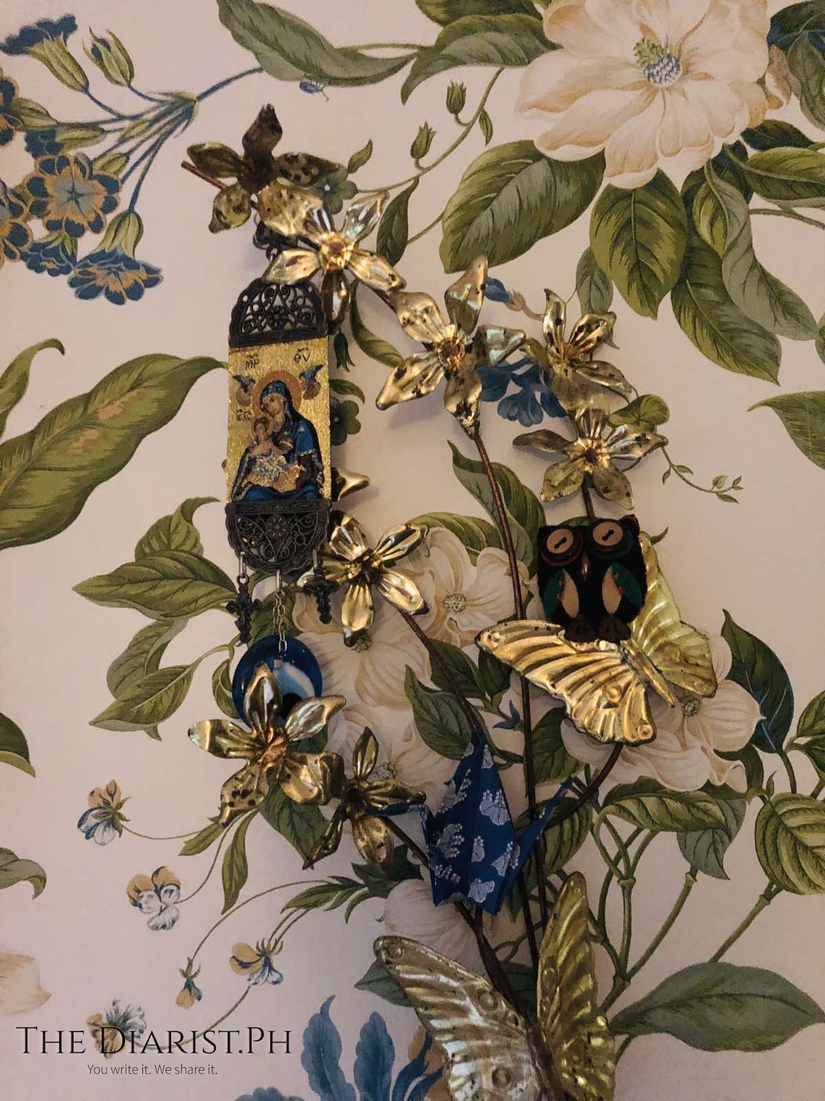 I spend hours creating tablescapes and wallscapes when I feel inspired—stampitas, rosaries, little souvenirs collected through the years, each like a daily prayer.