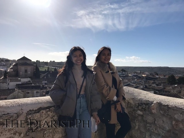 With Janica, a fellow Filipina auxiliar, in the medieval town of Chinchón.