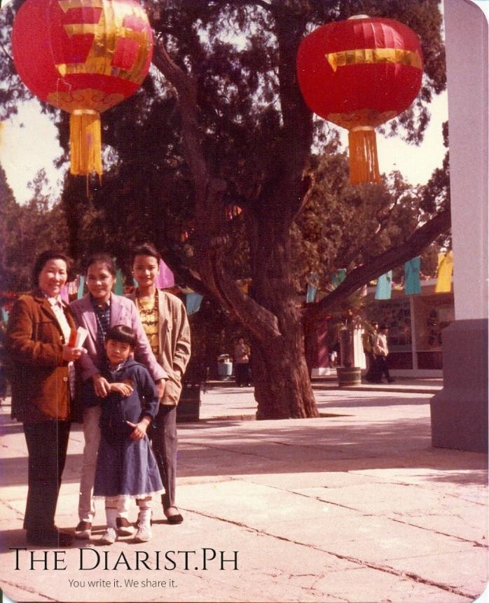 Alma, Maningning & Banaue with a Radio Peking colleague_Chinese New Year1986