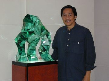 Orlina's Tower Club sculptures <br> up at Salcedo auction